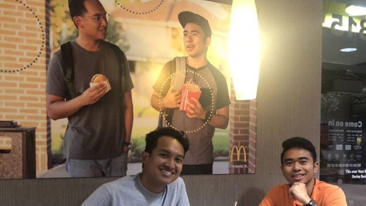 少了點什麼!2亞裔男店內掛自拍海報 麥當勞不罰反獎勵