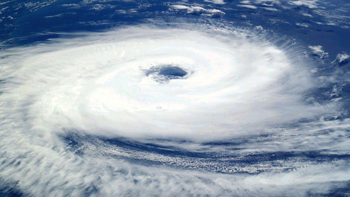 百年氣候異象!蘭嶼曾出現時速232公里颶風