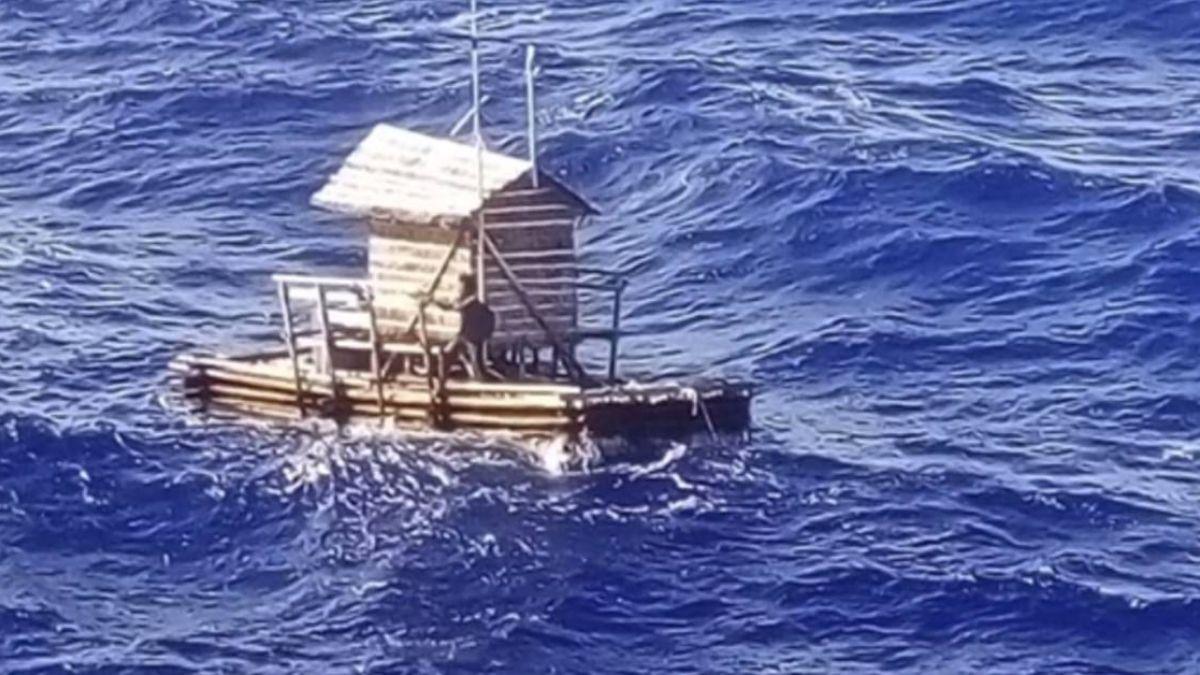遭南風吹襲…船屋被吹走 19歲少年漂海49天!奇蹟獲救