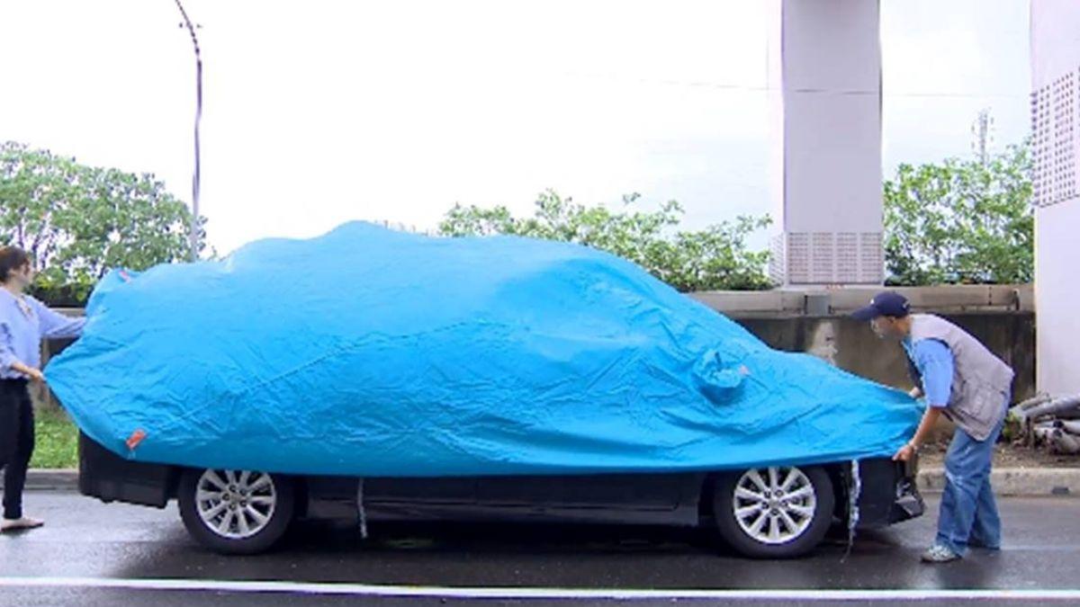 【獨家】愛車停戶外蓋「車套」 業者加強鬆緊帶防強風