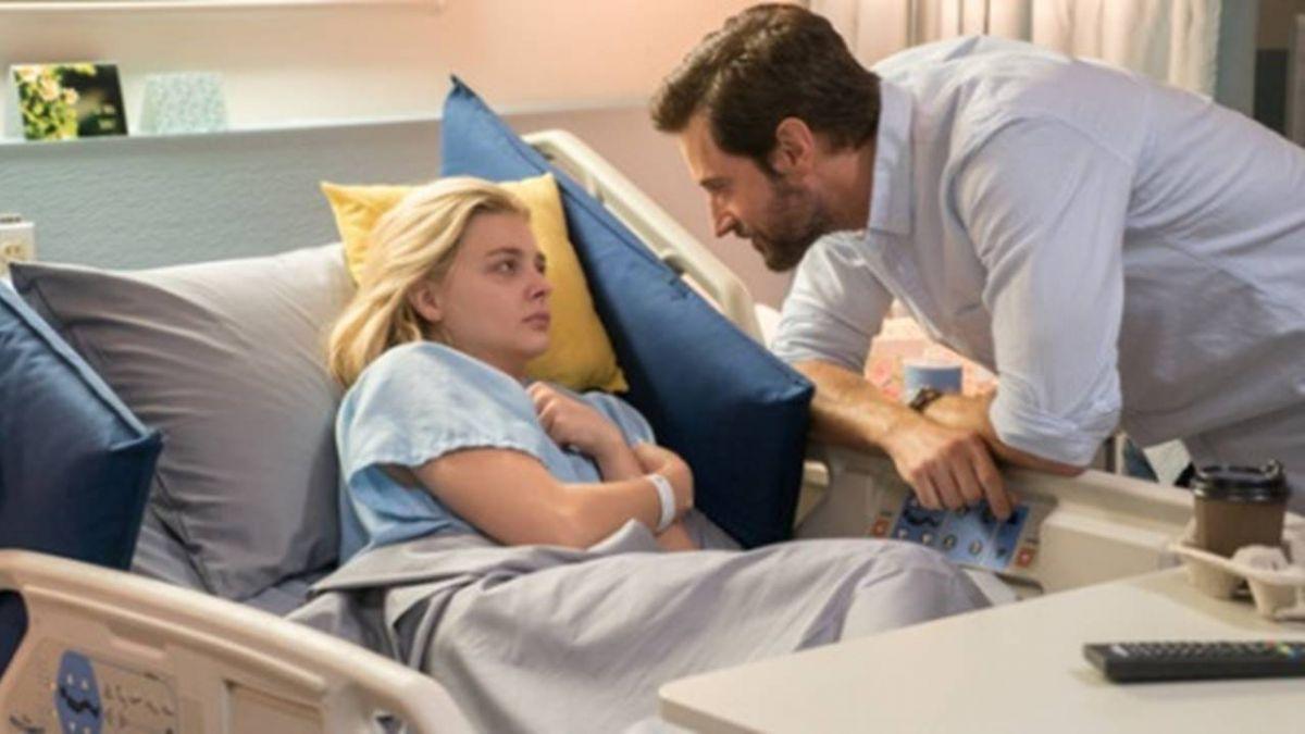 狂哭後…下秒大笑!中邪女遇神醫靠畫「時鐘」診斷病因