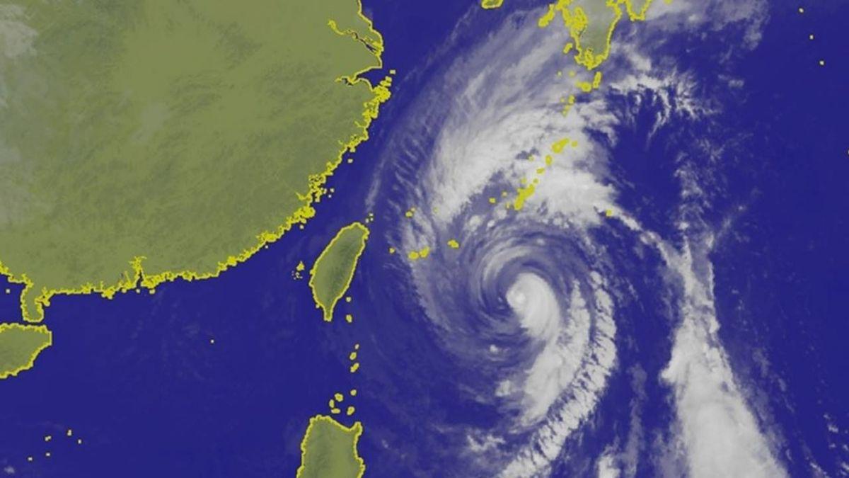 颱風康芮逼近琉球 日本西部北部恐受影響