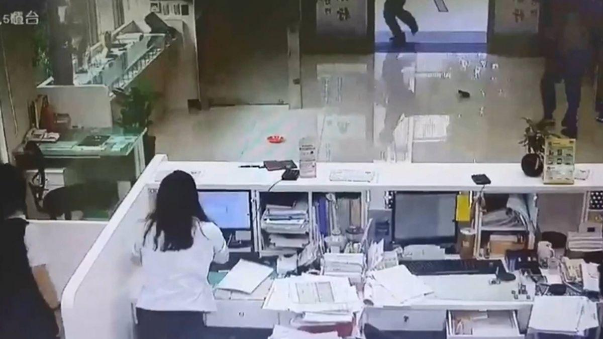 大膽!彰銀遭搶50萬 27歲搶匪逛三小時百貨遭逮