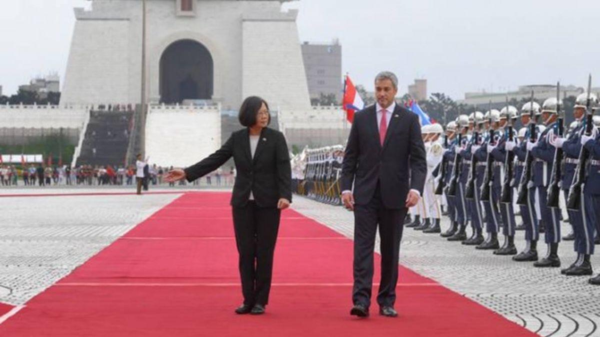 蔡總統軍禮歡迎 阿布鐸:台巴心臟跳動緊緊結合