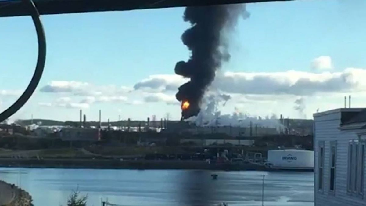 加拿大最大煉油廠爆炸引發大火 起因不明