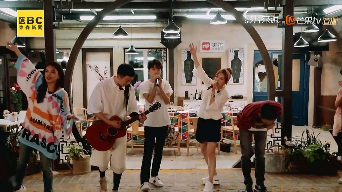 【影片】《中餐廳2》最終章 王俊凱落淚 趙薇 蘇有朋世紀大合唱《再見》