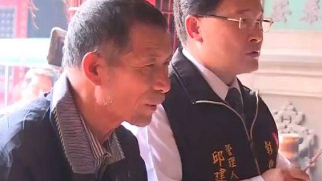 「神級成績單」70歲學霸阿公曝光 他1年拿下碩士:研究癌症想救人