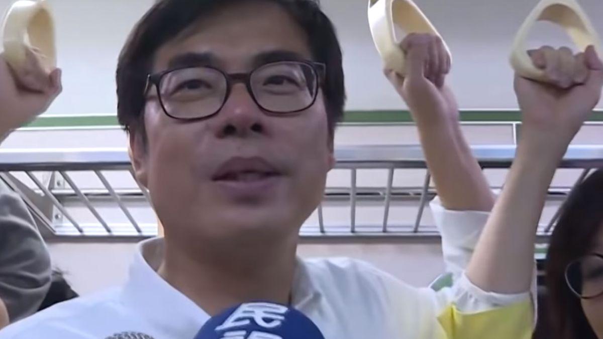 再見!高雄臨時站 陳其邁搶搭最後列車談回憶